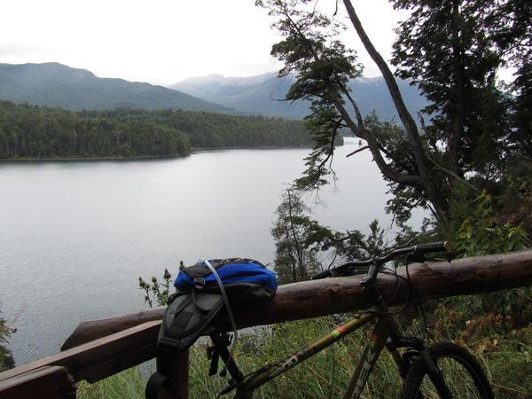 Descanso mirando al lago