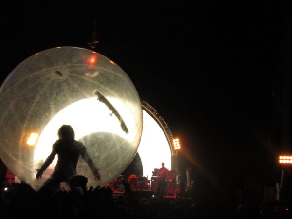 The Flaming Lips @ GEBA (2011-04-05) (1)