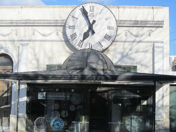 Duarte, Relojes de Gran Tamaño