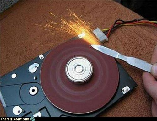 https://llucax.com:443/blog/posts/2011/03/19-how-to-make-a-broken-hdd-useful.jpg